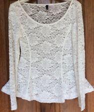 Women's H&M cream lace floral peplum top size s