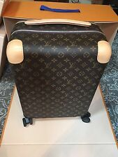Authentic Louis Vuitton Horizon 50 Luggage Carry On Roller SOLD OUT