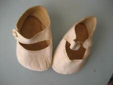 chaussures anciennes en cuir peau  pour poupée ancienne semelle 7.5 cm