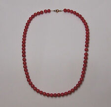 NATURAL CORAL NECKLACE with 14 KT YELLOW GOLD LOCK