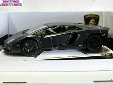 BURAGO Diecast metal car LAMBORGHINI AVENTADOR LP 700-4 1:18 New in box