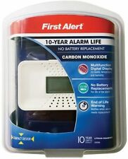 First Alert CO710 Carbon Monoxide Alarm With Digital Display, Wh
