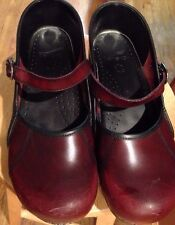 Dansko Womens Marcelle Mary Jane Clogs Red Brown Burgundy  Shoes Size 40 (US 9.5
