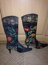 Boots Size 5 Kitten Heel Black Embroidered Zip U Back