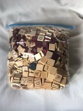 B1) SCRABBLE WOODEN LETTER TILE LOT OF 1050+ ARTS CRAFTS