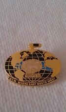 CURLING PIN WORLD CURLING CHAMPIONSHIPS 1986 TORONTO Where East Meets West