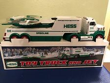 Hess Toy Truck & Jet NIB 2010 Real Lights Operating Launch Ramp