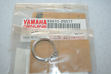 2 Yamaha nos snowmobile track drive circlips 1994-96 vmax 500 600 others