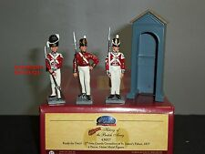 Britains 43057 tuniques rouges collectors club british grenadier guards ready for duty
