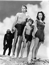 """RARE STILL JOHNNY WEISMULLER WITH CAST FROM """"TARZAN"""""""