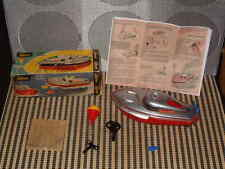 VINTAGE SCHUCO TELECO 3003 CLOCKWORK BOAT W/ BOX & ACCESSORIES IN RED. WORKING!!