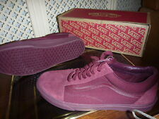 VANS OLD SKOOL MONO SIZE UK 10.5 NEW BOXED MAROON LEATHER