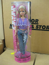 2005 Fashion Fever Barbie doll
