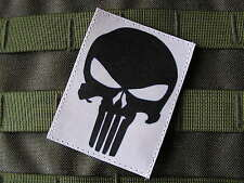 Patch Velcro - PUNISHER - fond BLANC --- Airsoft US ARMY special forces SEAL TAP