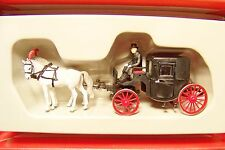HO Preiser OLD TIME Horse-Drawn Closed Taxi Coach with Driver Figure 30452