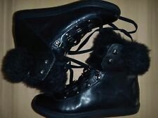 POUR LA VICTOIRE, LEATHER HI TOPS w/FAUX FUR TRIM, US SIZE 8M, NEW