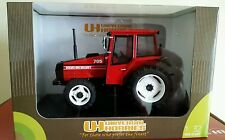 UH VOLVO BM VALMET 705 RED TRACTOR 1/32 SCALE