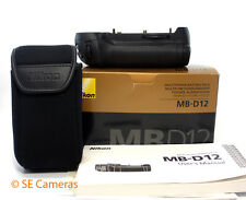 Genuine Nikon mb-d12 Multi Power Battery Pack d800 d810 come nuovo inutilizzato