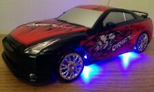 NISSAN SKYLINE GTR Recargable De Radio Control Remoto Auto-Rápido Speed Drift Car