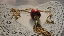 """VINTAGE SARA COVENTRY NECKLACE SIZE APPROX. 29"""" GOLD LIKE CHAIN WITH A BURG/PINK"""