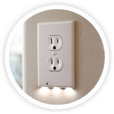 2-Snappower Guidelight Outlet Coverplate with LED Night Light, Duplex, White