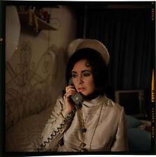 ELIZABETH TAYLOR TELEPHONE VINTAGE ORIGINAL 2 1/4 FORMAT TRANSPARENCY SLIDE RARE