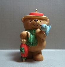 HALLMARK ORNAMENT - FOREVER FRIENDS BEAR - ANDREW BROWNWORD COLLECTION - 1998