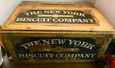 Antique New York Biscuit Company Fancy Biscuits Wooden Crate Great Graphics VG