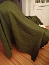 WOOLRICH WOOLEN MILLS 100% wool army olive green US blanket vontage 68 x 84 USA