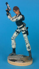 FIGURINE LARA CROFT  FORCES SPECIALES   TOMB RAIDER LEGEND CORE DESIGN .