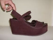 "*Chic PEDRO GARCIA ""DOROTHY"" SUEDE LEATHER WEDGE SANDAL  - Size 9.5/10*"