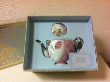 WEDGWOOD BUTTERFLY BLOOM 16 OZ. BONE CHINA 22K GOLD PLATED TEAPOT W/LID NIB