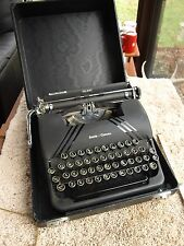 Smith Corona Silent Floating Shift Portable Typewriter & Case 1946 For Repair