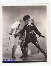 Maureen O'Hara Cornel Wilde w/swords VINTAGE Photo At Sword's Point