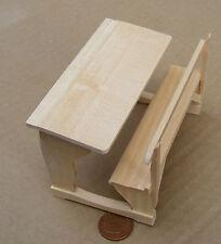 1:12 finitura naturale legno scuola scrivania Casa delle Bambole Miniatura Accessorio Scuola 133
