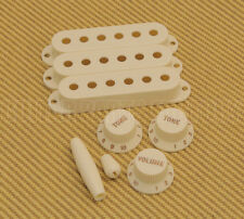 099-2097-000 Fender Pure Vintage '60s Strat White Accessory Kit Knobs & Covers
