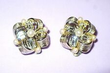 VINTAGE RETRO LISNER OBLONG RHINESTONE & PEARL CLIP EARRINGS VERY PRETTY