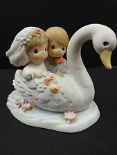 Precious Moments ~ OUR LOVE WILL FLOW ETERNAL ~ 588059 ~ Sandal Newlyweds Swan