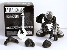 Attackers - O.S.S. 01 - M.O.W. Most wanted - Street Art Toys Toycon Not Kidrobot