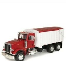 Ertl Big Farm 1:16 Peterbilt Model 367 With Grain Box