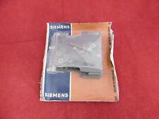 Siemens Hilfsschalter 3TY6 561-1K für 3TB52-56 NEU OVP