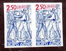 FRANCE - N°2543a** -TROUPES ALPINES - SOLDATS EN TENUE - ND X 2 - COTE 34 €