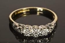 A SOLID 18ct WHITE & YELLOW GOLD NATURAL DIAMOND TRILOGY RING SIZE M (US 6.25)