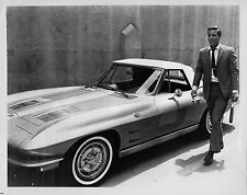 Photo originale Richard Chamberlain automobile coupé