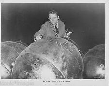 ORIGINAL 1953 PHOTO-GLENN FORD-TERROR ON A TRAIN-THRILLER-STETHESCOPE-JACKET-TIE