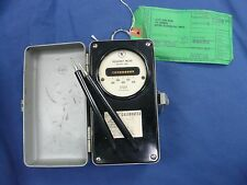Signal Corps Army Meter Electrical Frequency TS-328B/U Winslow Co Model 460 VTG