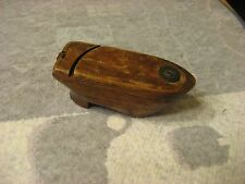 1800S HAND CARVED IN THE SHAPE OF A SHOE SNUFF BOX WITH DOUBLE OPENING ON THE TO