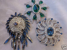 VINTAGE TRIFARI ERA EMERALD GREEN CABOCHON BLUE SAPPHIRE RHINESTONE PIN LOT 3