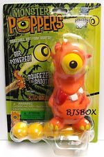 Monster Poppers Alien Gump Squeezable Soft Foam Shooter with 6 Balls New Toy