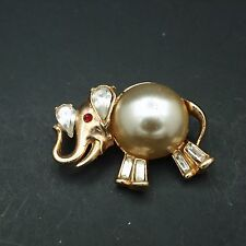Vintage jelly belly elephant pin brooch rhinestone Trifari style trunk up